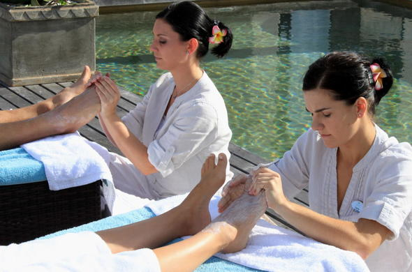 Indulge in a variety of spa treatmenst.