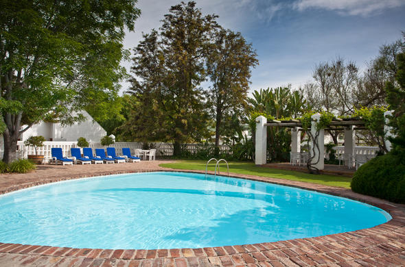 Crystal clear swimming pool at Protea Hotel Riempie Estate.
